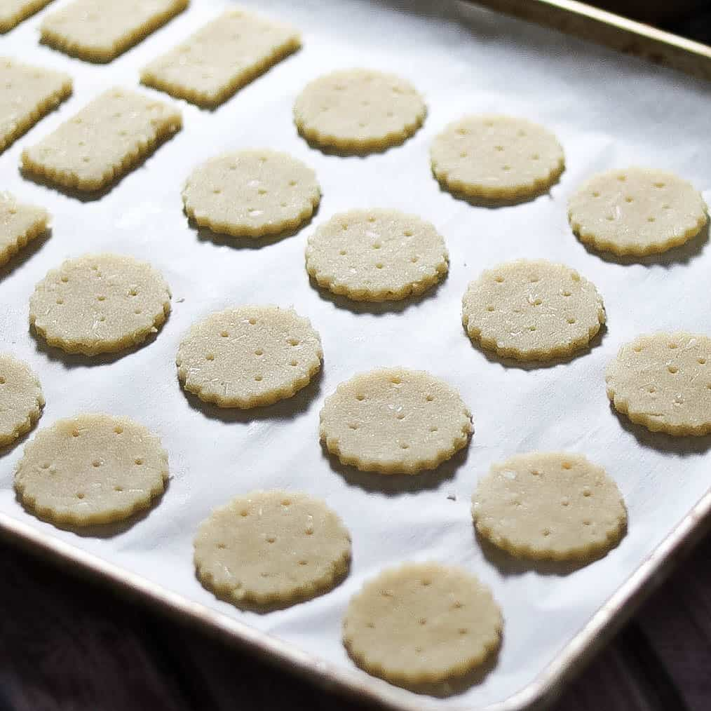 SCD Gruyere Crackers