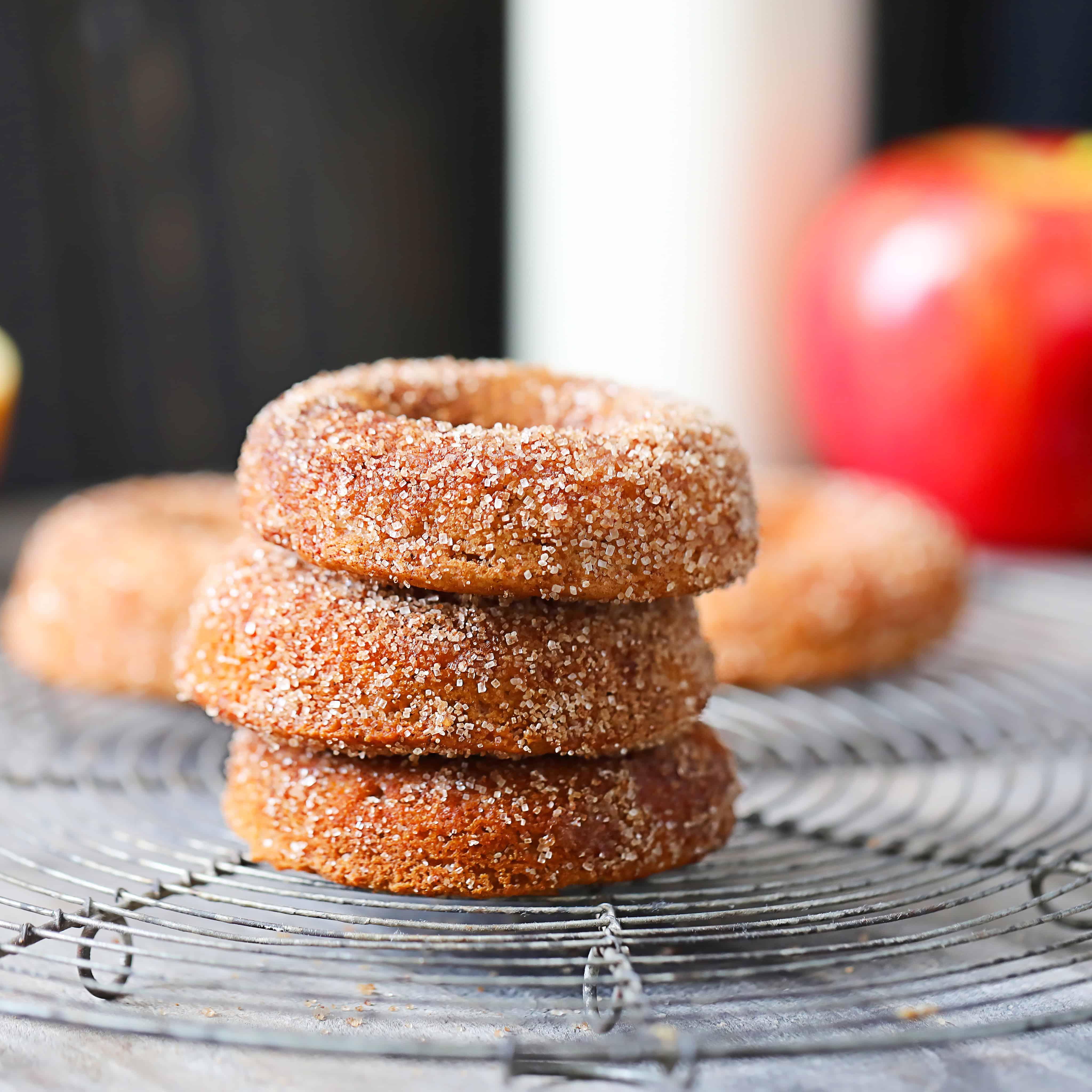 cinnamon apple vegan donuts