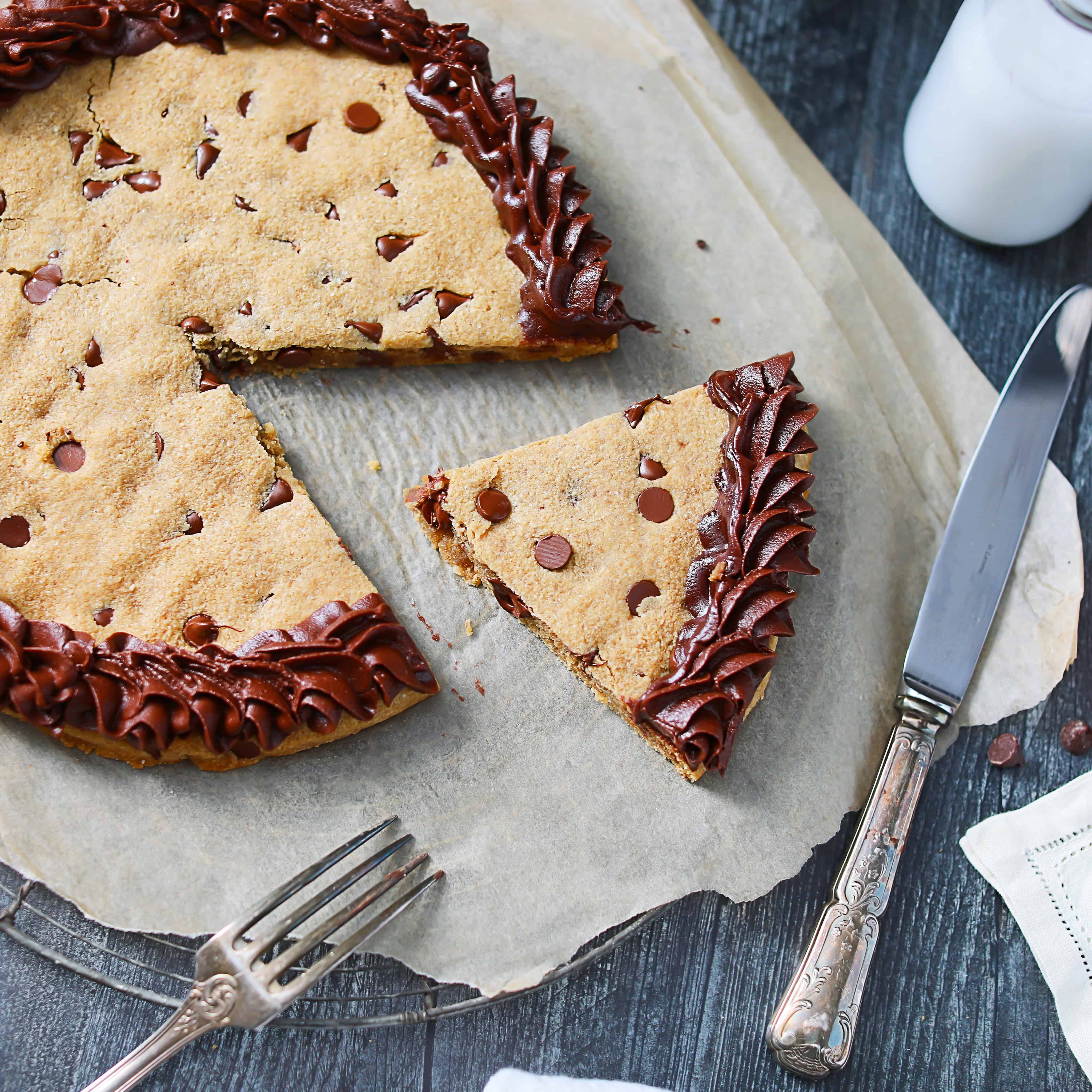 Low-Carb Chocolate Chip Cookie Cake